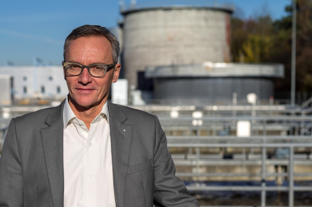 Heinz Habegger, Präsident des VSA, ARA im HIntergrund